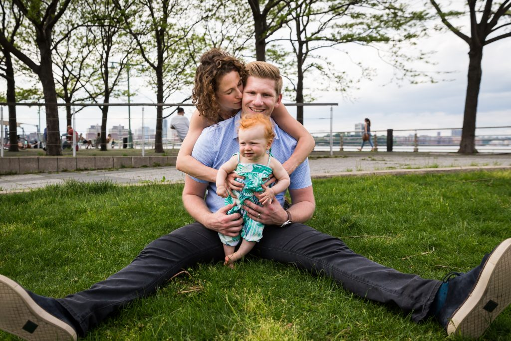 Smiling family in a Hudson River Park Family Portrait