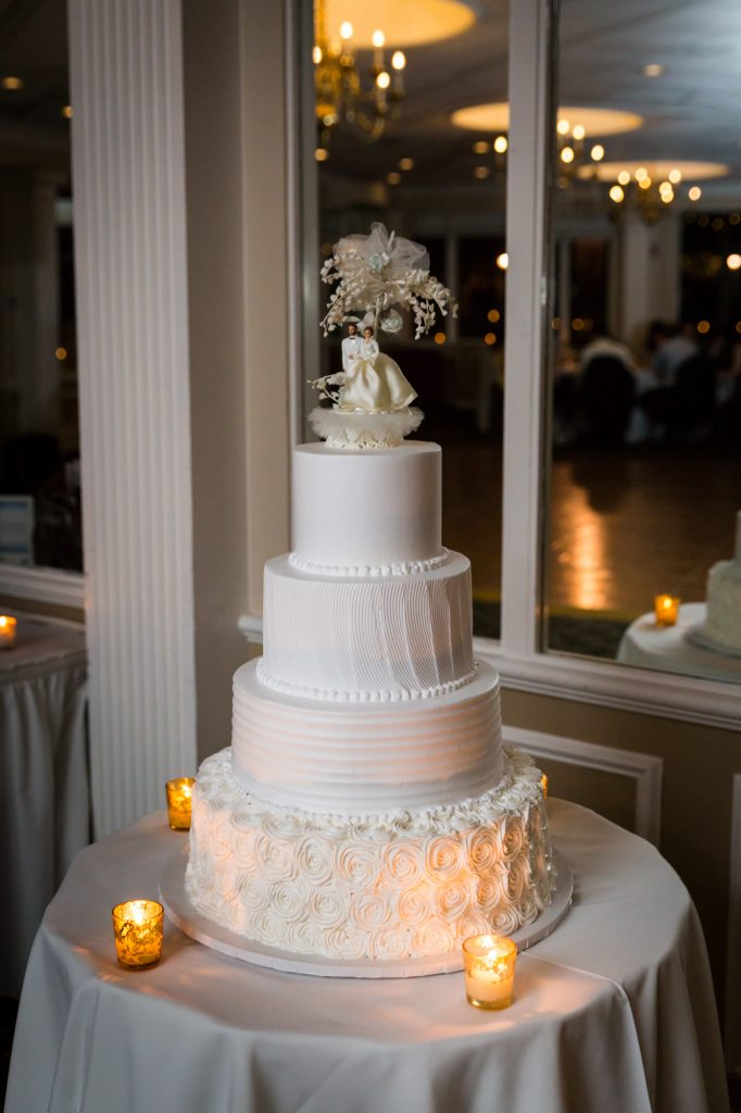 Wedding cake at a Larchmont Shore Club wedding
