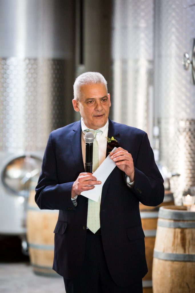 Brooklyn Winery wedding photos of father of the bride giving speech