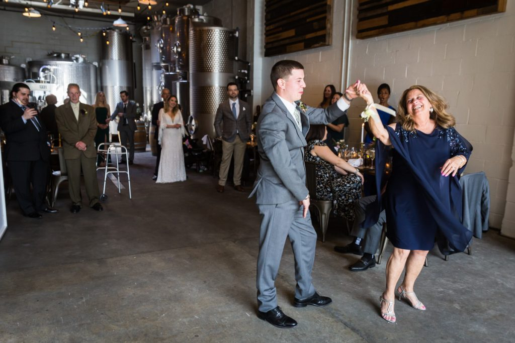 Brooklyn Winery wedding photos of mother-son dance