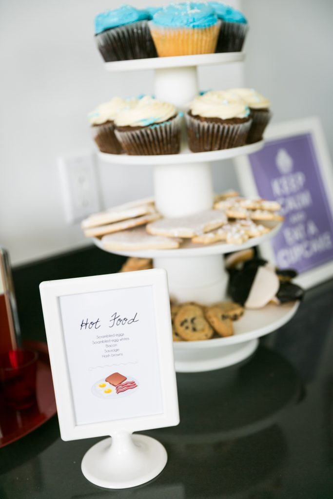 Tier of cookies and cupcakes at a Long Island City wedding brunch