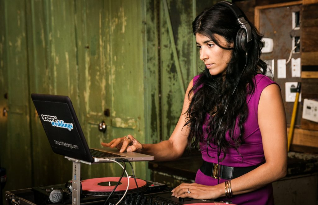 DJ Vida spinning music at a Brooklyn Winery wedding
