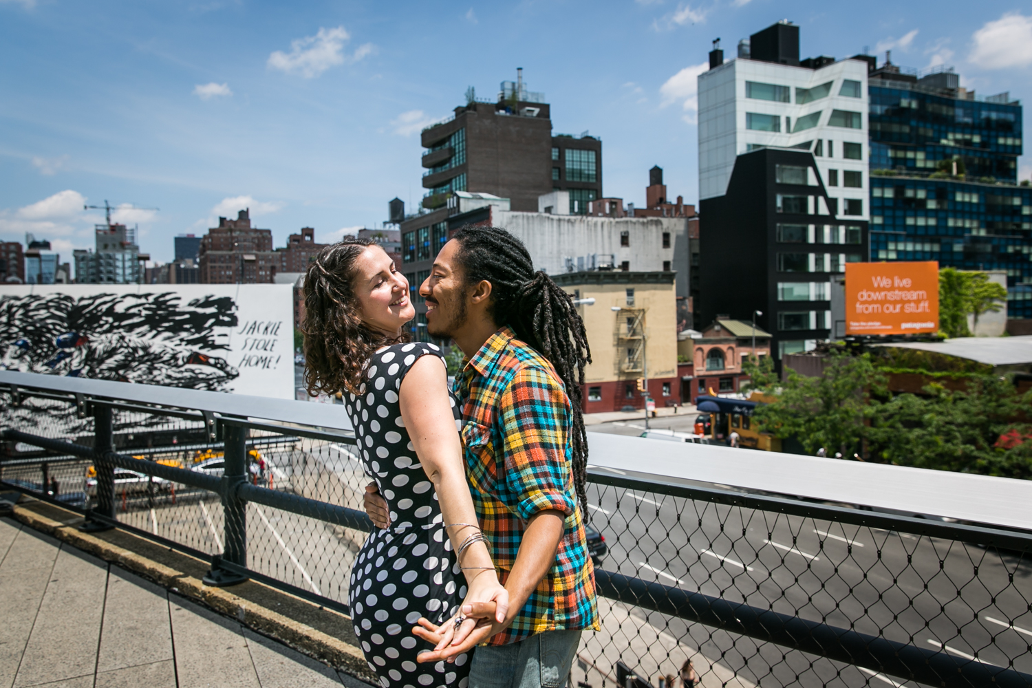 Couple dancing on the High Line