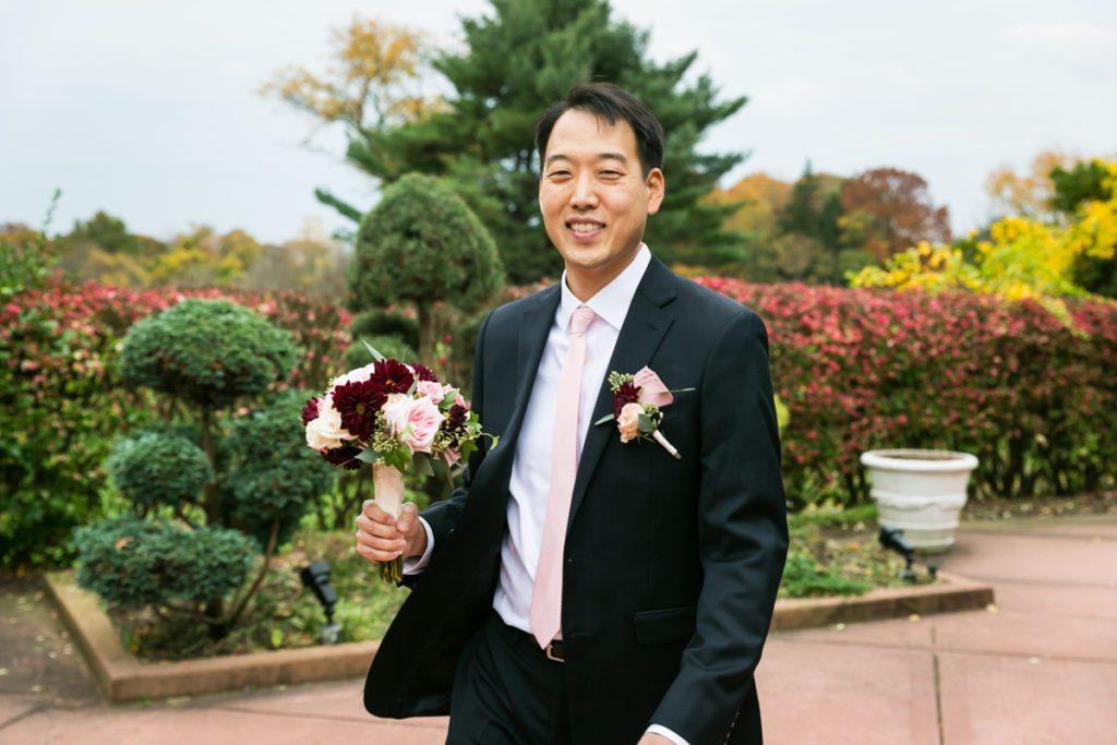 Portrait of the groom, by Douglaston Manor wedding photographer, Kelly Williams