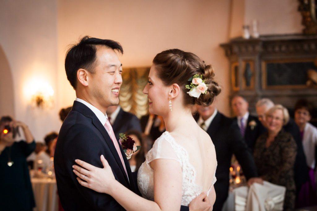 First dance photos, by Douglaston Manor wedding photographer, Kelly Williams