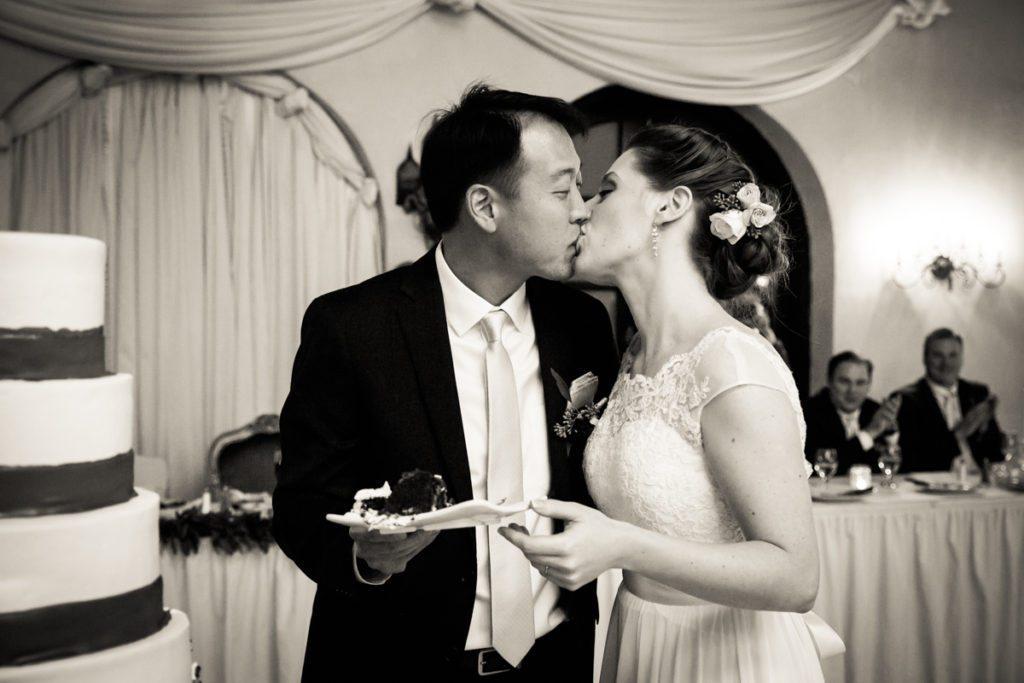 Cake cutting photos, by Douglaston Manor wedding photographer, Kelly Williams