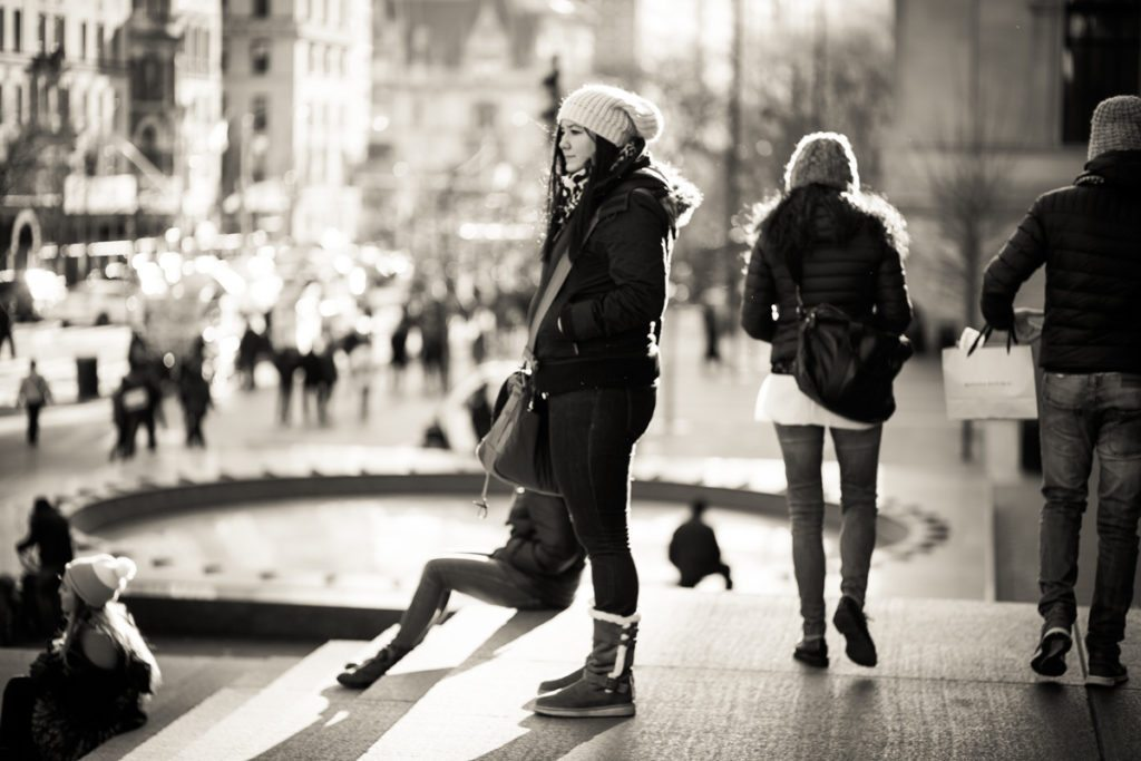 Candid shot on the streets of Manhattan, by NYC street photographer, Kelly Williams