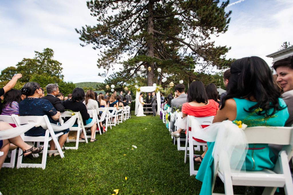 Wide shot of Highlands Country Club wedding ceremony