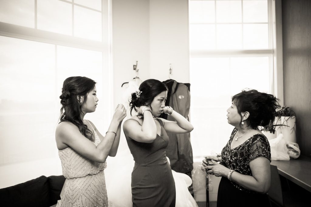 Portrait prep at a Maritime Parc wedding