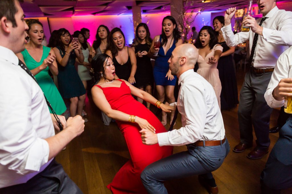 Dancing at a Maritime Parc wedding