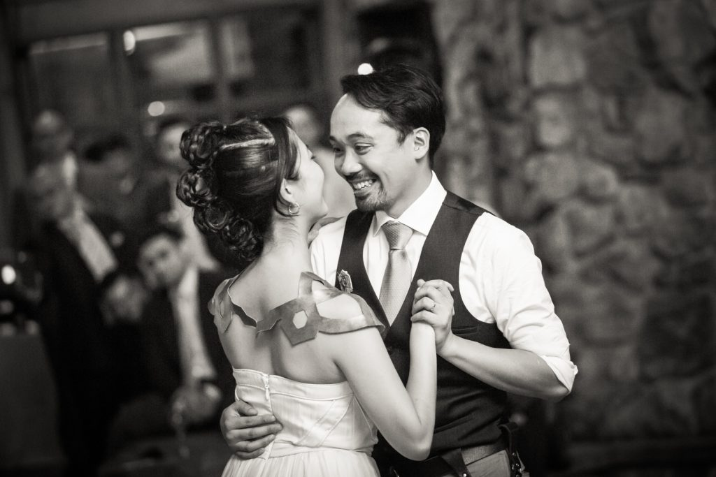 Black and white photo of bride and groom during first dance at a Bear Mountain Inn wedding
