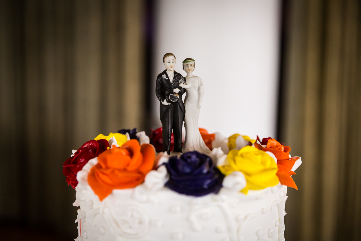 Cake topper for article on a Terrace on the Park wedding