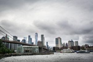 Overcast skies in NYC for a Brooklyn Bridge Park family portrait