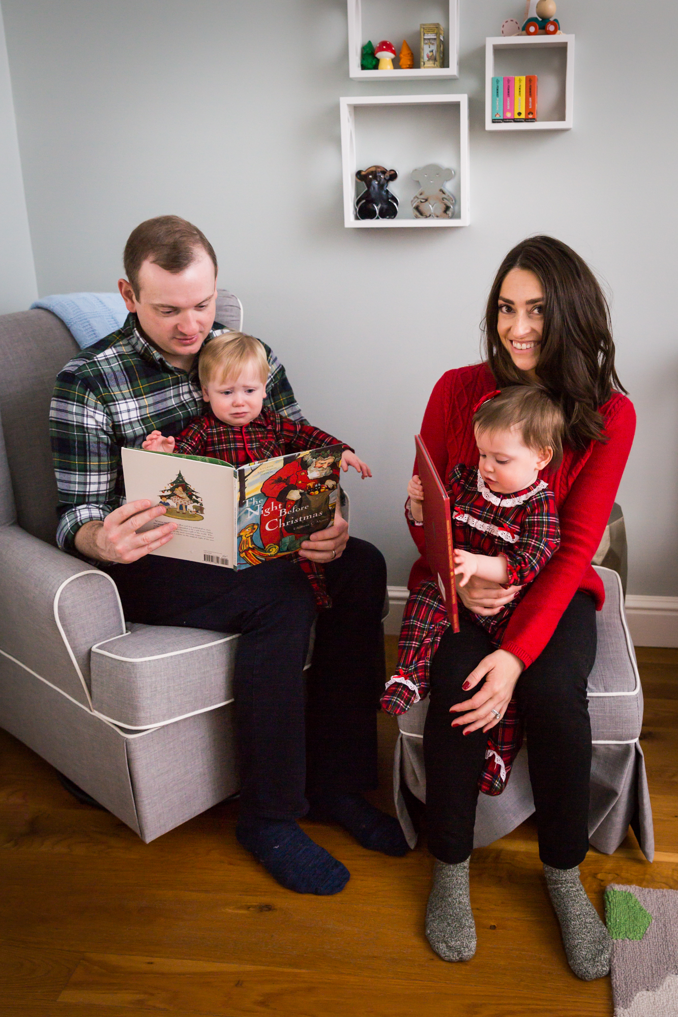Family reading for article on how to get your kids to look into the camera