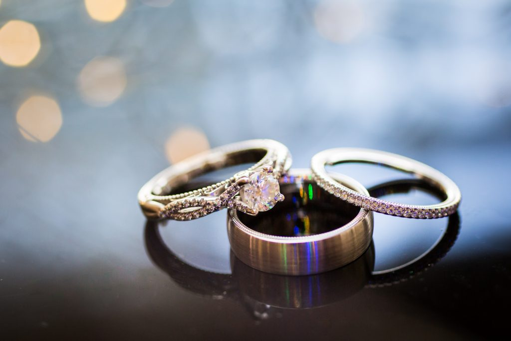 Engagement and wedding rings for an article on wedding photography timeline tips
