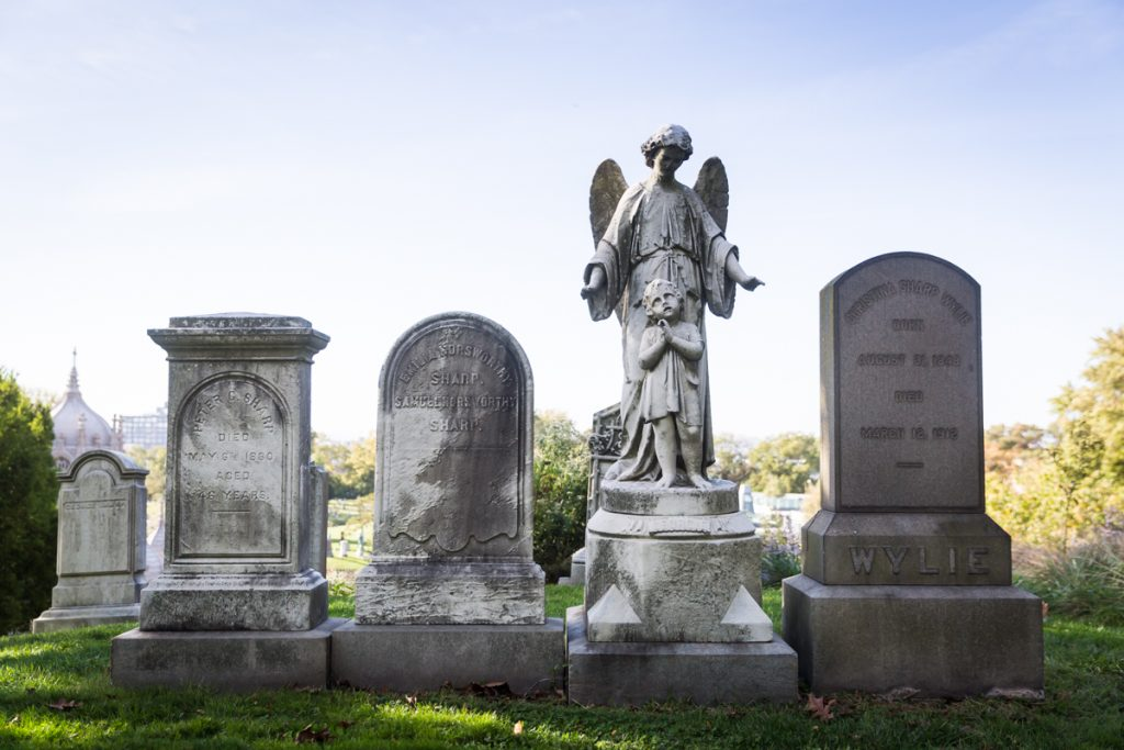 Four graves at Green-Wood Cemetery