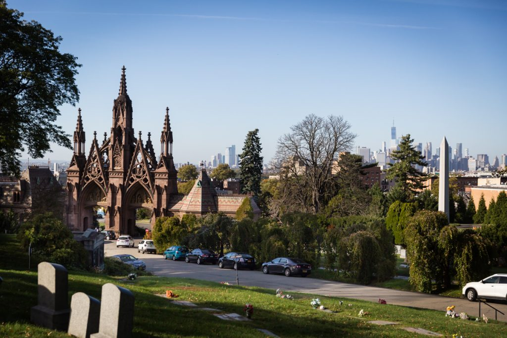 Main entrance to Green-Wood Cemetery