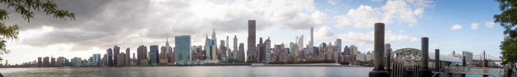 Panoramic view of NYC skyline from Gantry Plaza State Park